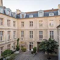 Résidence à Paris